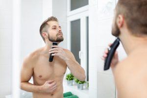 Durch einen hohen Testosteronspiegel und wenig Fett sprießt der Bart