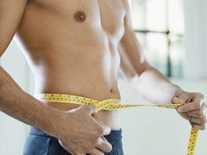 Männerbrust loswerden - mit einem hohen Testosteronwert schmilzt das Fett
